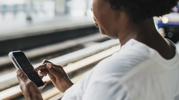 WhatsApp : un outil d'éducation politique, sociale, économique